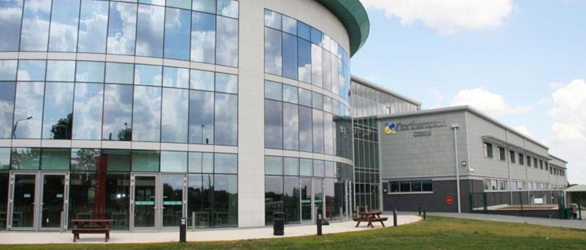 Commercial Glazing Systems : External cladding systems glazing nkg